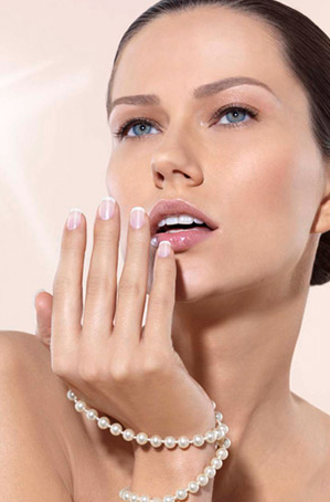 nails manicure french manicure